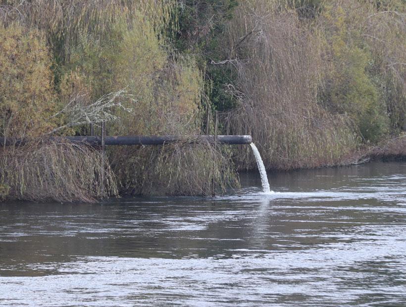 Aún no revelan sanciones contra entidad responsable de contaminación en río Pilmaiquén