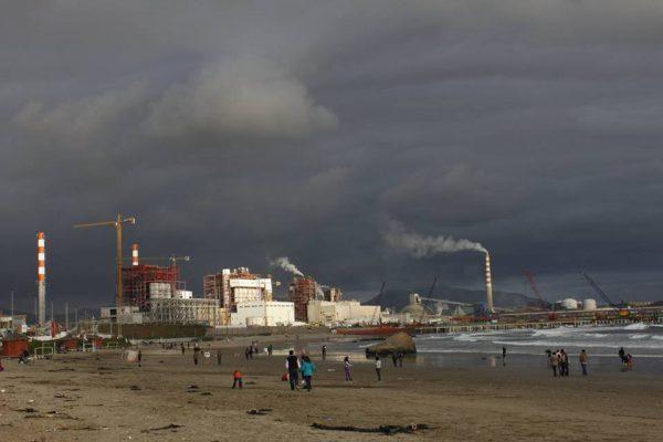 Bahía de Quintero: MMA propone cese total de faenas contaminantes en algunas épocas del año