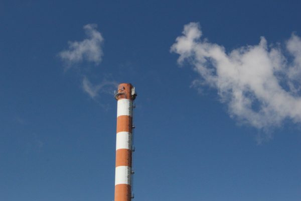 Descarbonización: Gobierno concluye mesa y surgen dudas por criterios y costos del proceso
