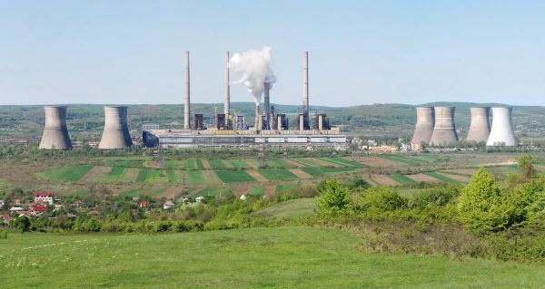 Casi el 50% de las centrales a carbón en el mundo no se consideran rentables