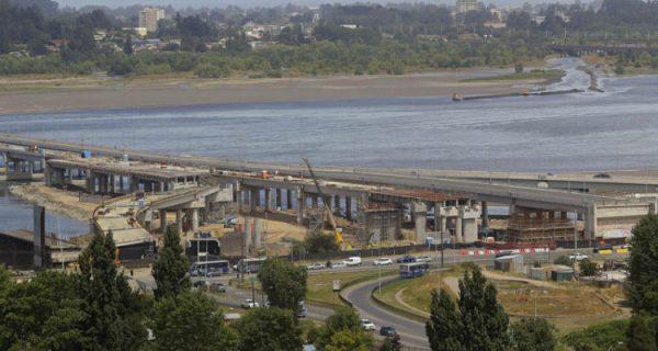 Tribunal Ambiental inspecciona puente Bicentenario de Concepción por demanda de Estudio de Impacto