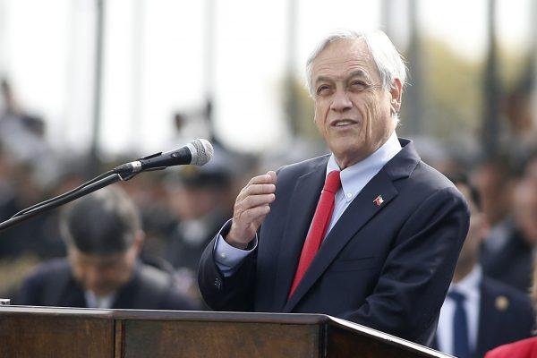 Piñera presenta proyecto de modernización de fundición de Enami que ayuda a limitar emisiones de gases