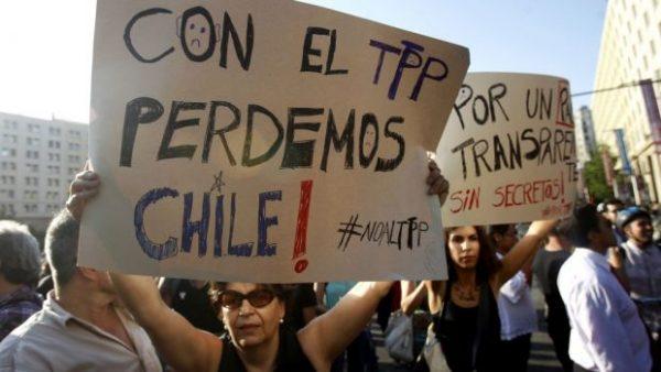 Presión ciudadana lleva al Gobierno a sacar votación del TPP-11 de la tabla de la Cámara