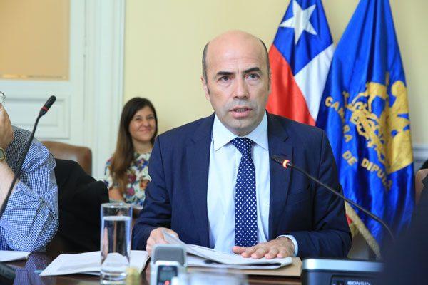 Contralor expone en comisión investigadora por irregularidades en Codelco de El Salvador