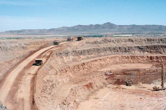 Tribunal Ambiental falla en contra de BHP Billiton y ordena paralizar mina Cerro Colorado