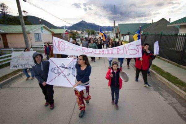 Comunidad yagán denuncia procesos viciados en instalación de salmonera en Cabo de Hornos