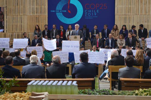 Reducir emisiones y avances legales: los pendientes de Chile ante la COP25